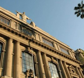 Universidad Católica Chile - venezolanoenchile.com